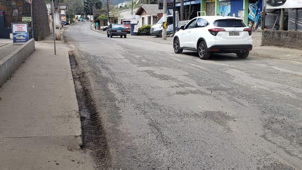 Obra na rodovia que liga Joaçaba a Luzerna está dentro do prazo, mas pavimentação da via segue sem data certa para acontecer