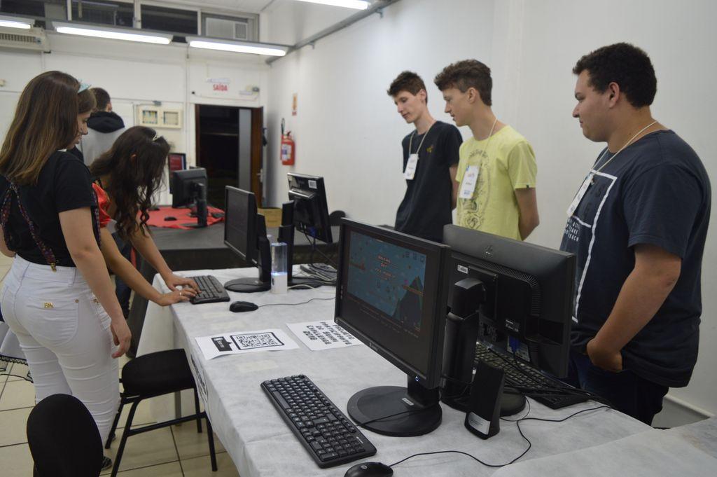 Mundo Senai apresenta oportunidades e nichos de mercado à estudantes