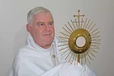 Dom Frei Mário, Bispo Diocesano.