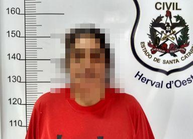 Mulher procurada há 21 anos por ter matado o marido em Herval é presa pela Polícia Civil