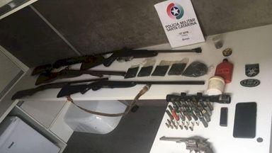 Homem é preso com seis armas de fogo em Videira