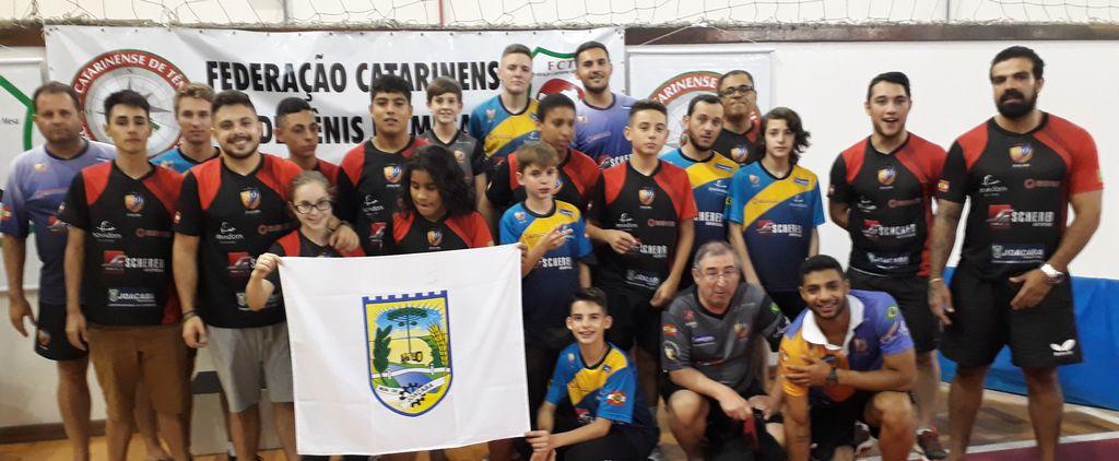 Mesatenistas de Joaçaba conquistam 14 medalhas estaduais em São José