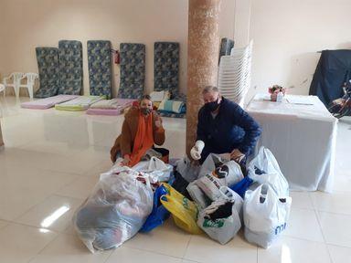ONG Dindos do Bem fornece cobertas e roupas para comunidades carentes