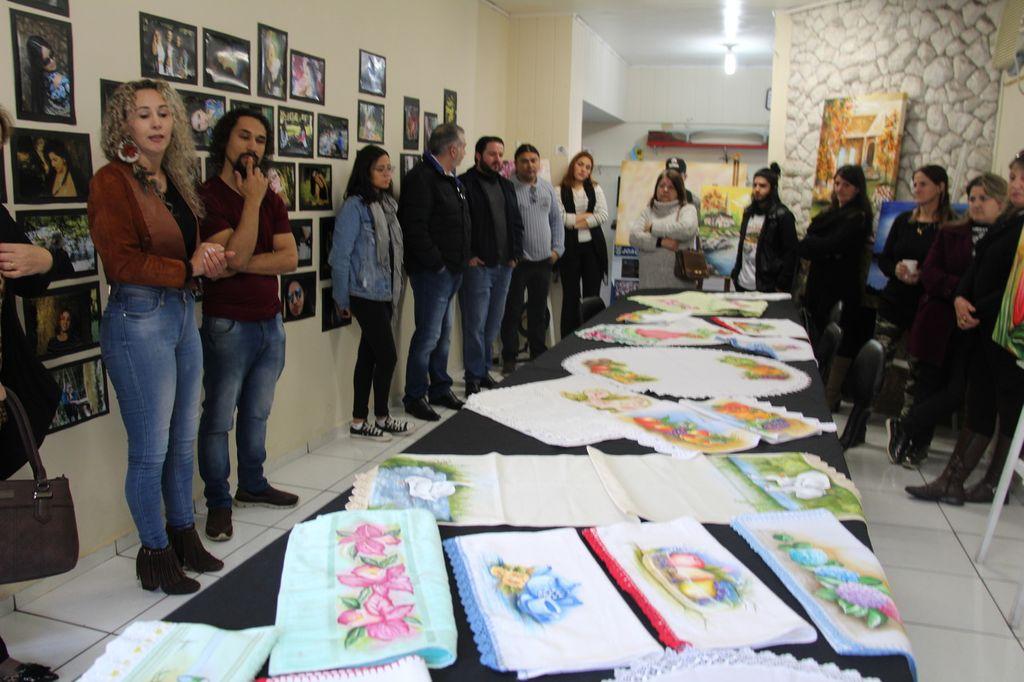 Solenidade na Casa da Cultura encerra as atividades das oficinas do primeiro semestre