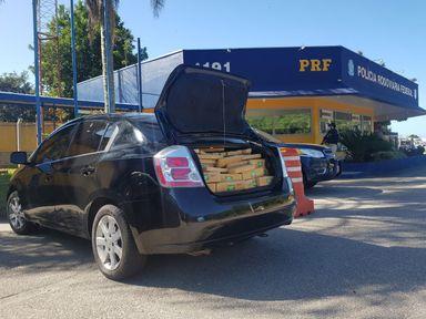 Adolescente dirigindo veículo é apreendido com mais de 500 quilos de maconha