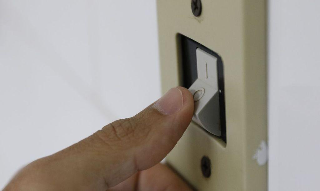 Com conta de luz mais cara, consumidores procuram formas de economizar