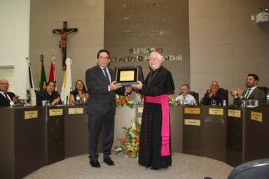Dom Mário Marquez recebe Título de Cidadão Benemérito de Joaçaba
