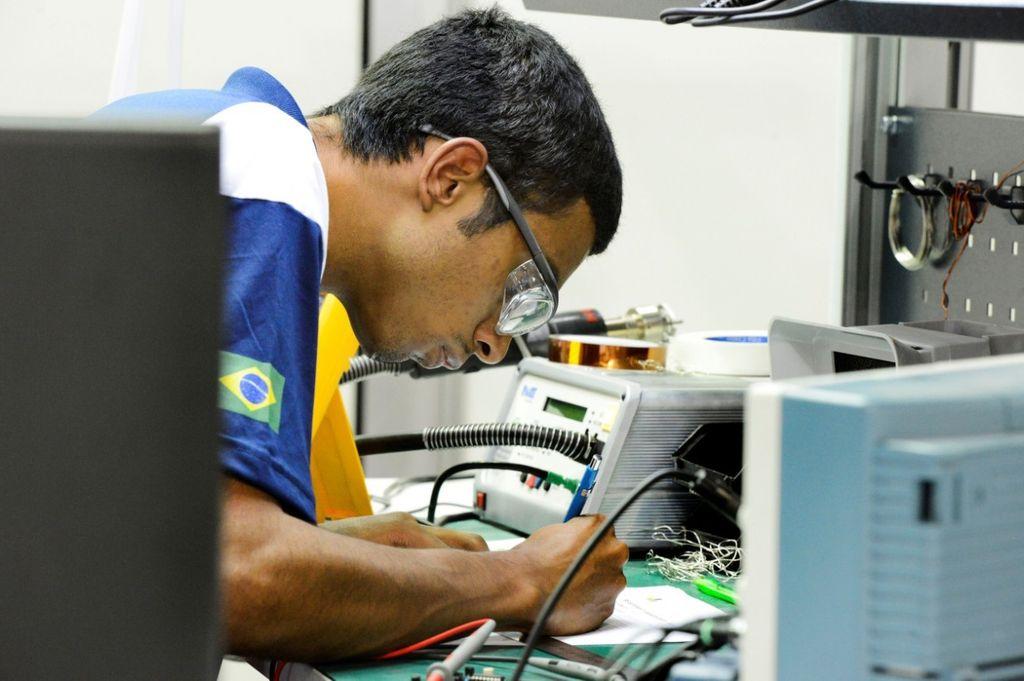 Carreiras técnicas garantem salários atrativos
