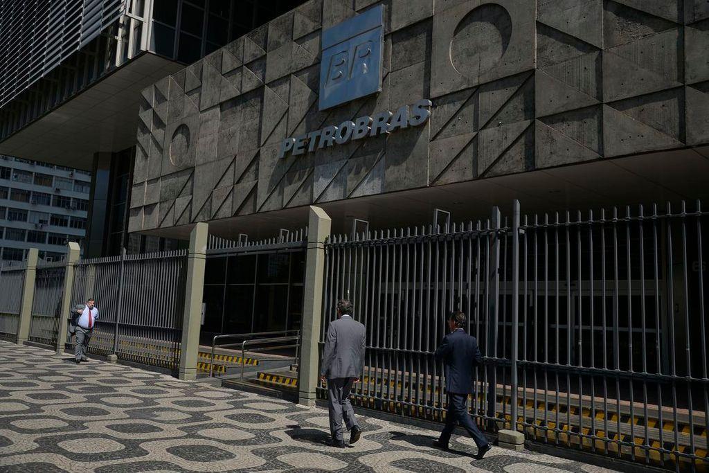 Petrobras reduz em 3% preço da gasolina e diesel nas refinarias