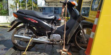 Leitor do Portal Éder Luiz encontra moto que havia sido furtada em Joaçaba