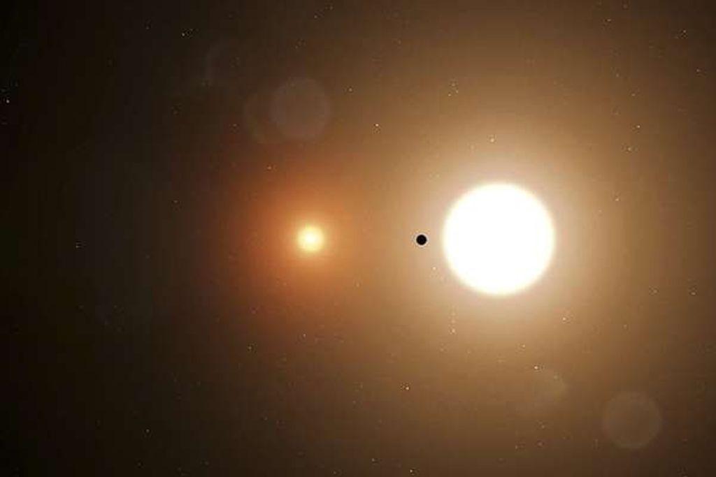 Estagiário da Nasa descobre planeta com 2 sóis