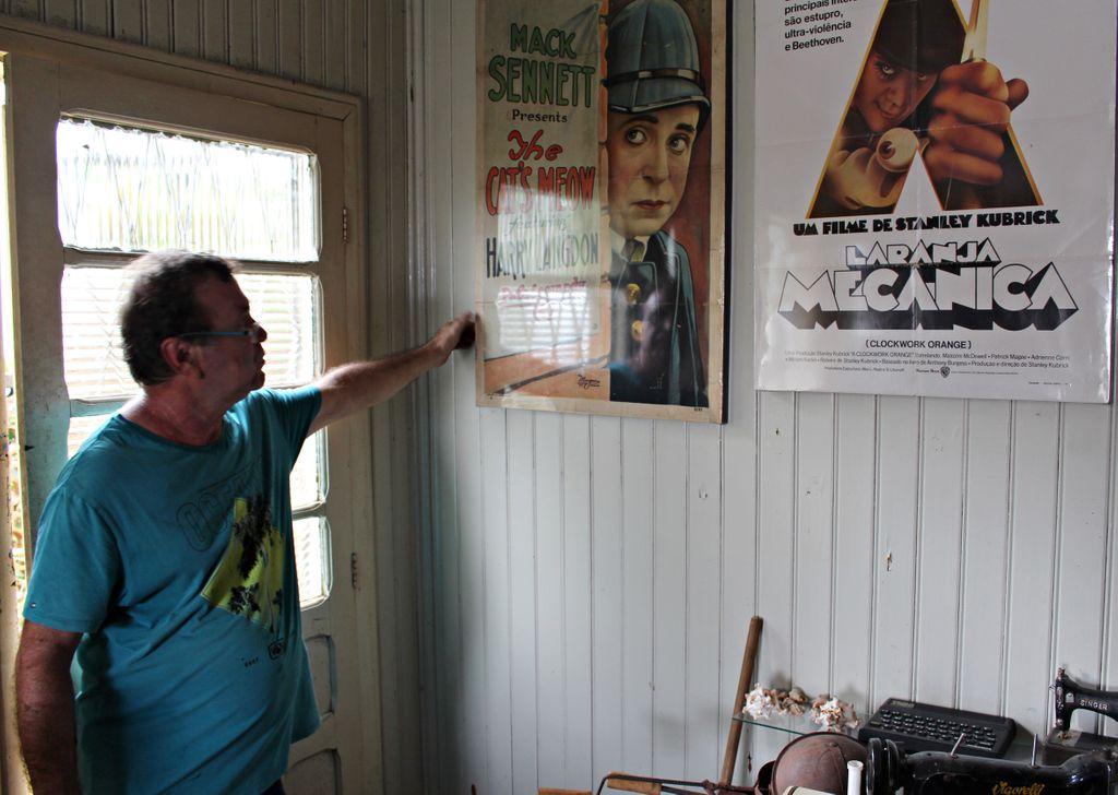 Omar mostrar o raro cartaz do filme The Cat´s Meow