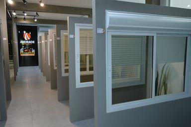 Andrade Indústria inaugura showroom com produtos e soluções para a construção civil