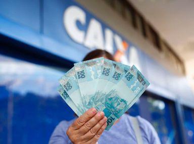 Auxílio Emergencial: Caixa credita parcelas para mais de 4,4 milhões de beneficiários nesta quarta (5)