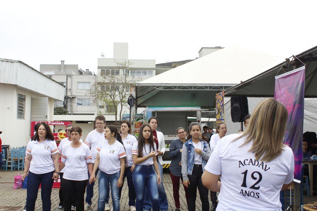 Associação Camponovense de Apoio aos Deficientes Auditivos e Visuais (Acadav)