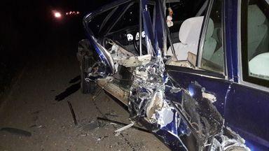 Carro envolvido na colisão.