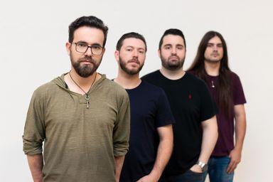 Banda Radyola prepara o lançamento do segundo single : O Segredo