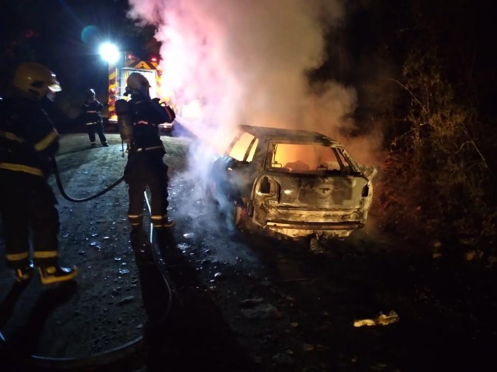 Região! Incêndio em veículo e acidente atendidos pelos Bombeiros de Videira