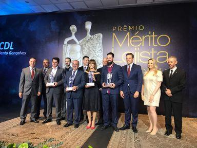 Caitá recebe o Prêmio Mérito Lojista, em Bento Gonçalves