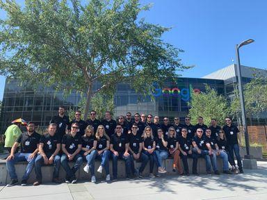 Grupo de gerentes e diretores da Sicredi UniEstados realiza viagem de estudos no Vale do Silício