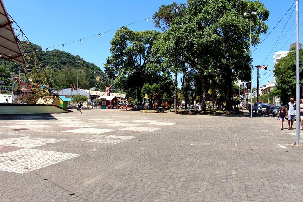 Praça de Herval terá atrações culturais e mateada nesta quarta-feira (1º)