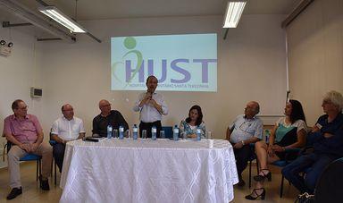 Reunião aconteceu no Salão de Atos do HUST