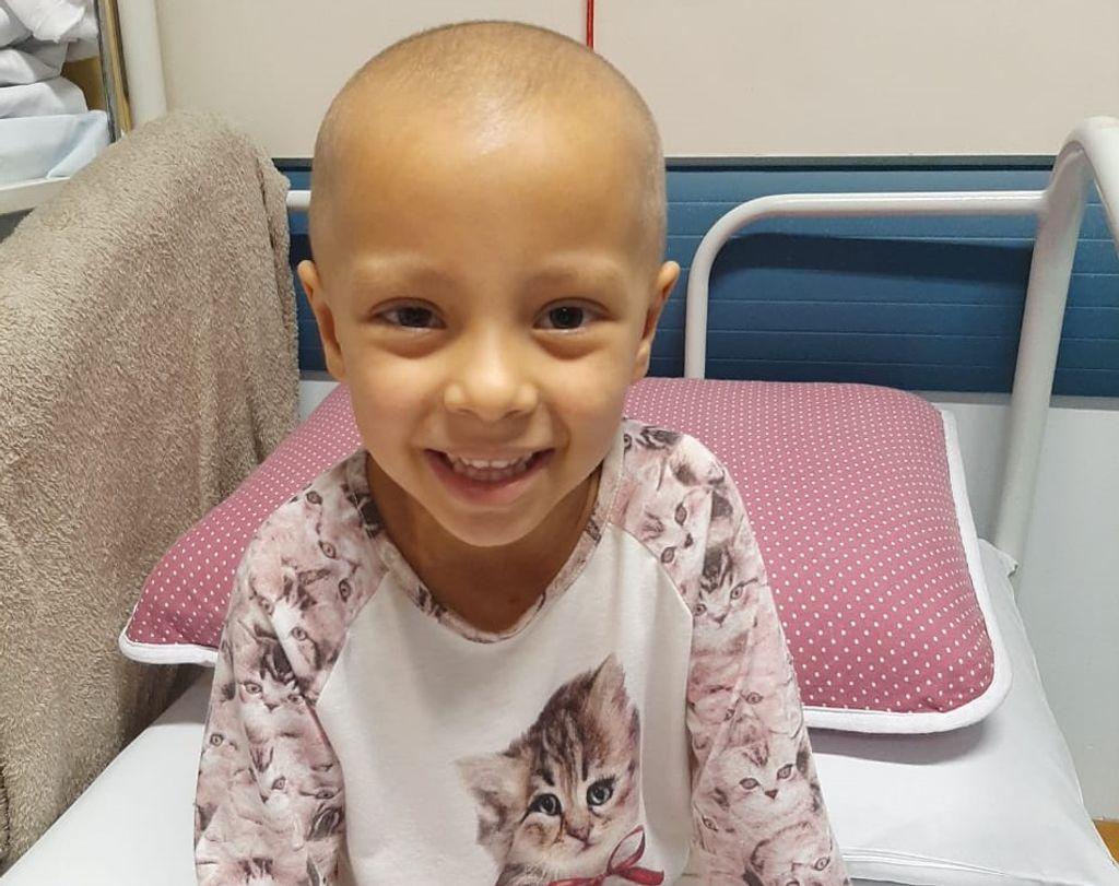 Corrente de Fé! Estado de saúde da pequena Isabelly piora e mãe pede orações