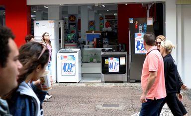 Para 61% dos brasileiros, economia do país está ruim ou muito ruim