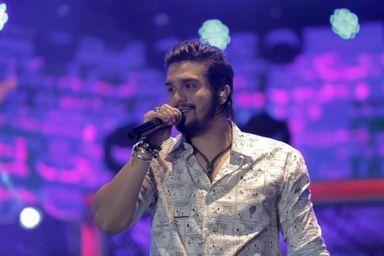 Luan Santana (Foto: Divulgação/Site oficial)