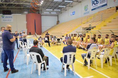 Elenco do Joaçaba Futsal se apresenta para a temporada 2021