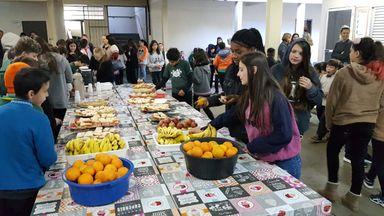 Café da manhã na escola marcou o lançamento do projeto.