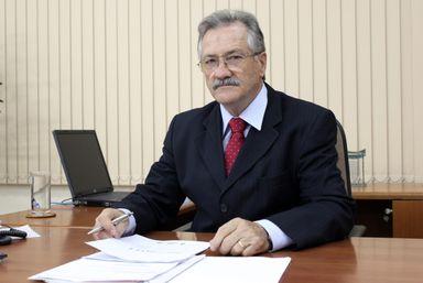 Morre em Chapecó o presidente da Aurora Alimentos Mário Lanznaster