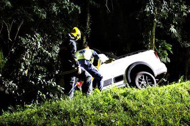 Saída de pista deixa vítima ferida na BR-282 em Joaçaba