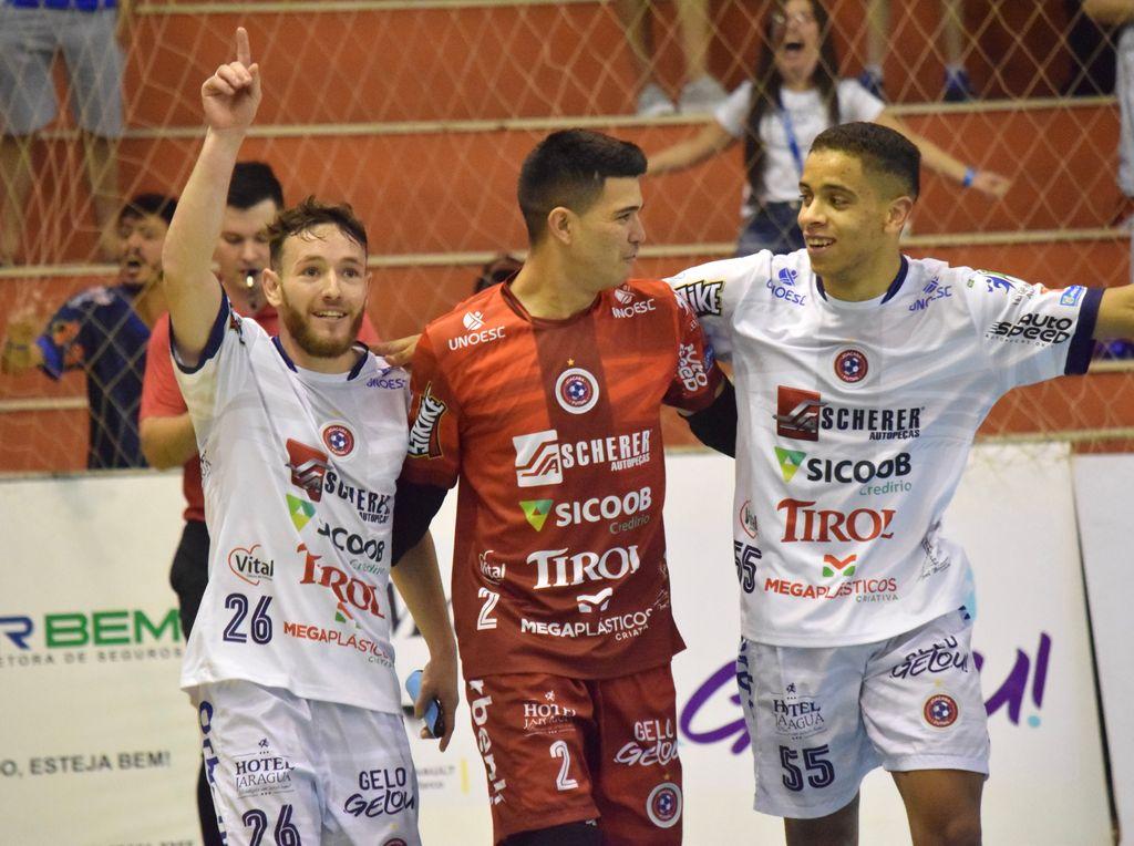 Joaçaba Futsal vence o Tubarão pela Série Ouro do Catarinense