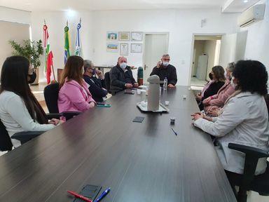 Prefeitura de Joaçaba repassa recursos para Rede Feminina de Combate ao Câncer