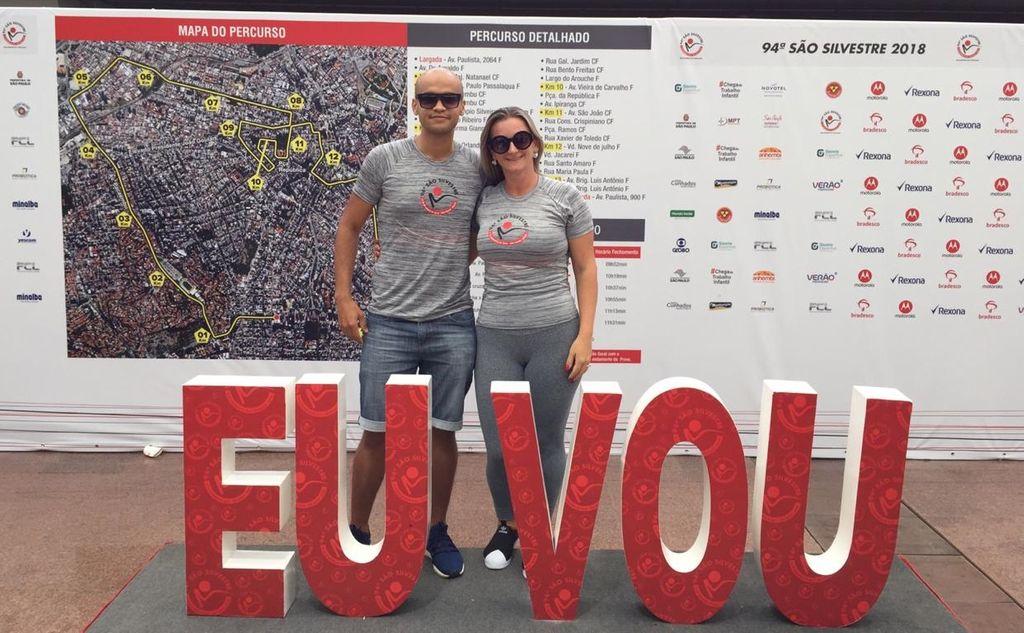 Para melhorar a saúde, casal começa a correr e é selecionado para uma das provas mais difíceis do Brasil
