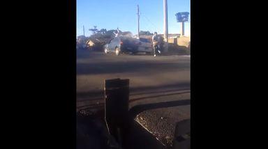 Assista! Homem atropela uma pessoa após discussão em Caçador