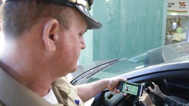Motoristas poderão optar por CNH e documento de veículos apenas em versão digital em SC