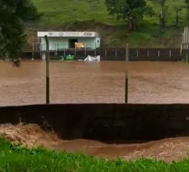 Comunidades do interior de Herval d´Oeste registram alagamentos e deslizamentos de terra