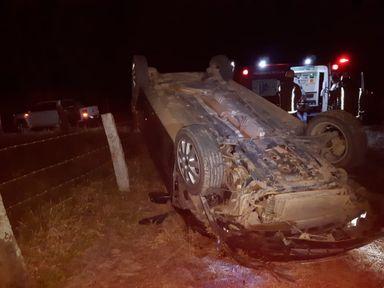 Criança de 7 anos morre em acidente de carro em SC
