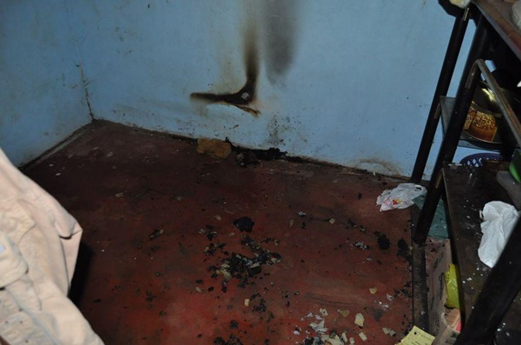 Na casa da mãe de Paulo, cadeira com roupas pegou fogo