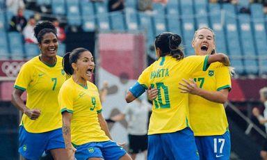 Seleção feminina goleia China na estreia do Brasil na Olímpiada