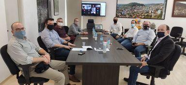 Prefeitos da AMMOC se reúnem e discutem medidas para combater o coronavírus, entre elas o fechamento do comércio