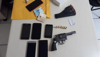 Polícia Militar apreende arma e pés de maconha em Herval d' Oeste