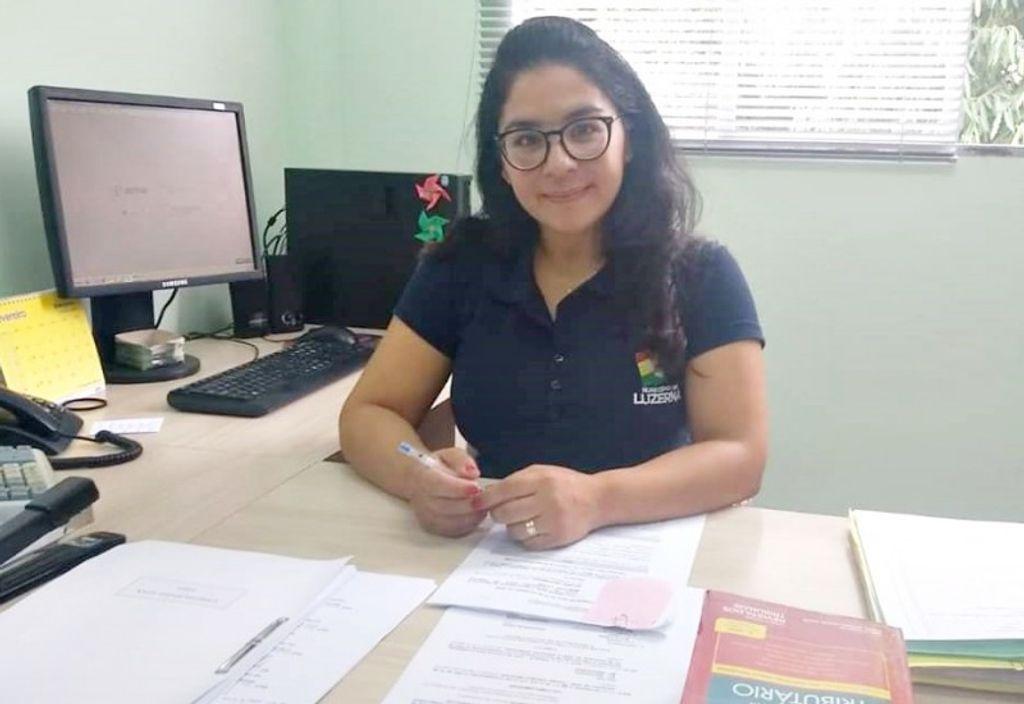 Chefe do setor de tributação do município de Luzerna, Cristina Küll