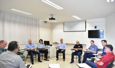 HUST recebe diretores para reunião da Associação de Hospitais do Estado de Santa Catarina