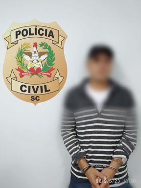 Homem foi preso pela Polícia Civil.