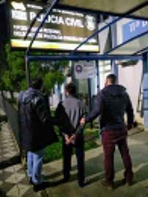 Dois homens são presos pela Polícia Civil
