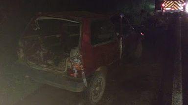 Veículo capota na BR 282 em Catanduvas e deixa três feridos