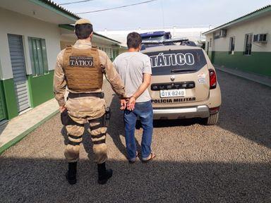 Homem vai ao Fórum e acaba preso em Joaçaba